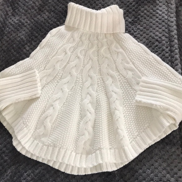 Carter's NWOT 4T cream cable knit poncho sweater